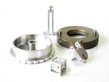 Mecanizado de piezas en aluminio.